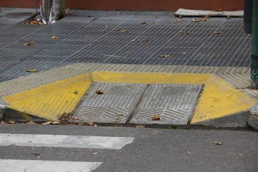 Rampas para discapacitados sobre avda marquez for Jardin de la vereda